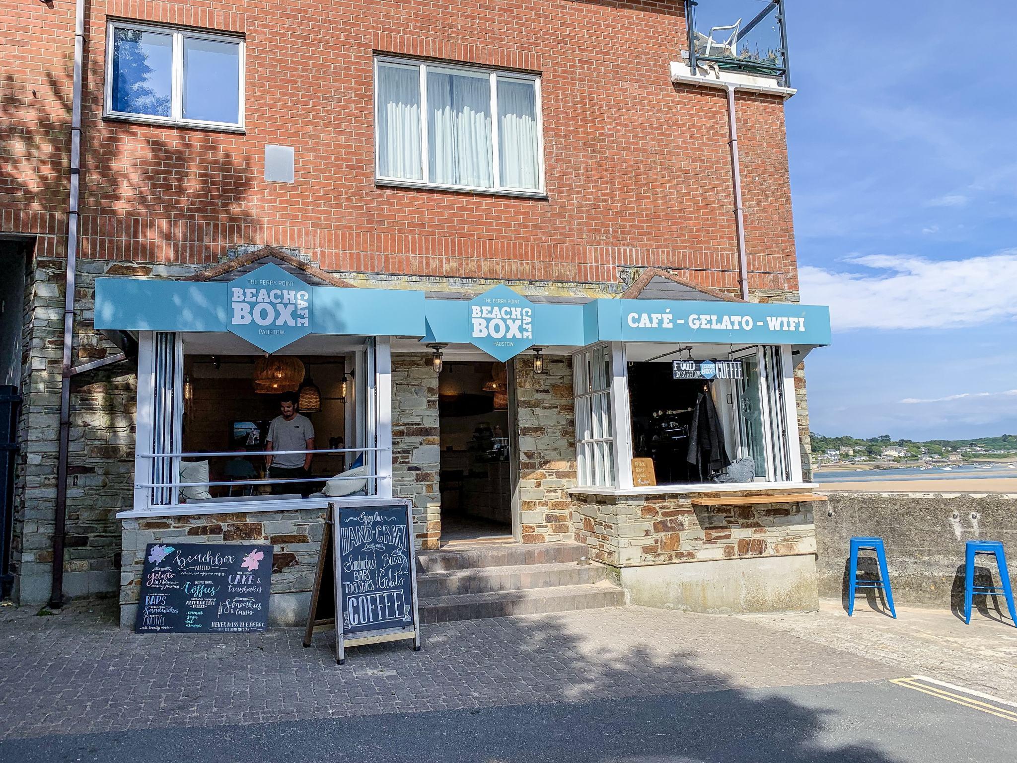 beach box cafe padstow