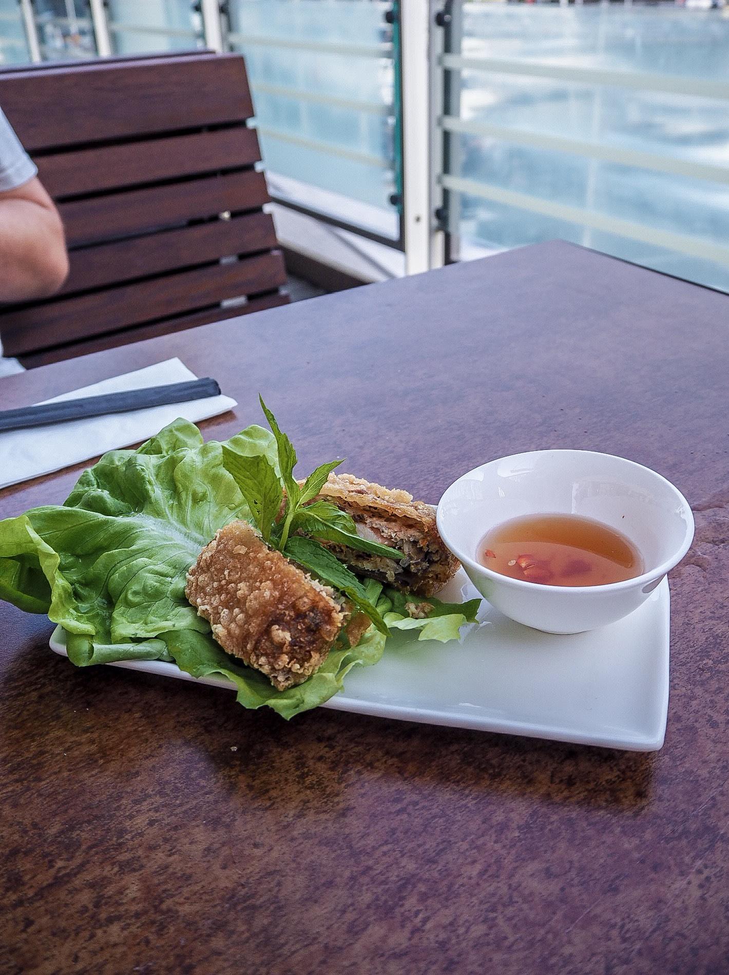 crispy vietnamese spring roll