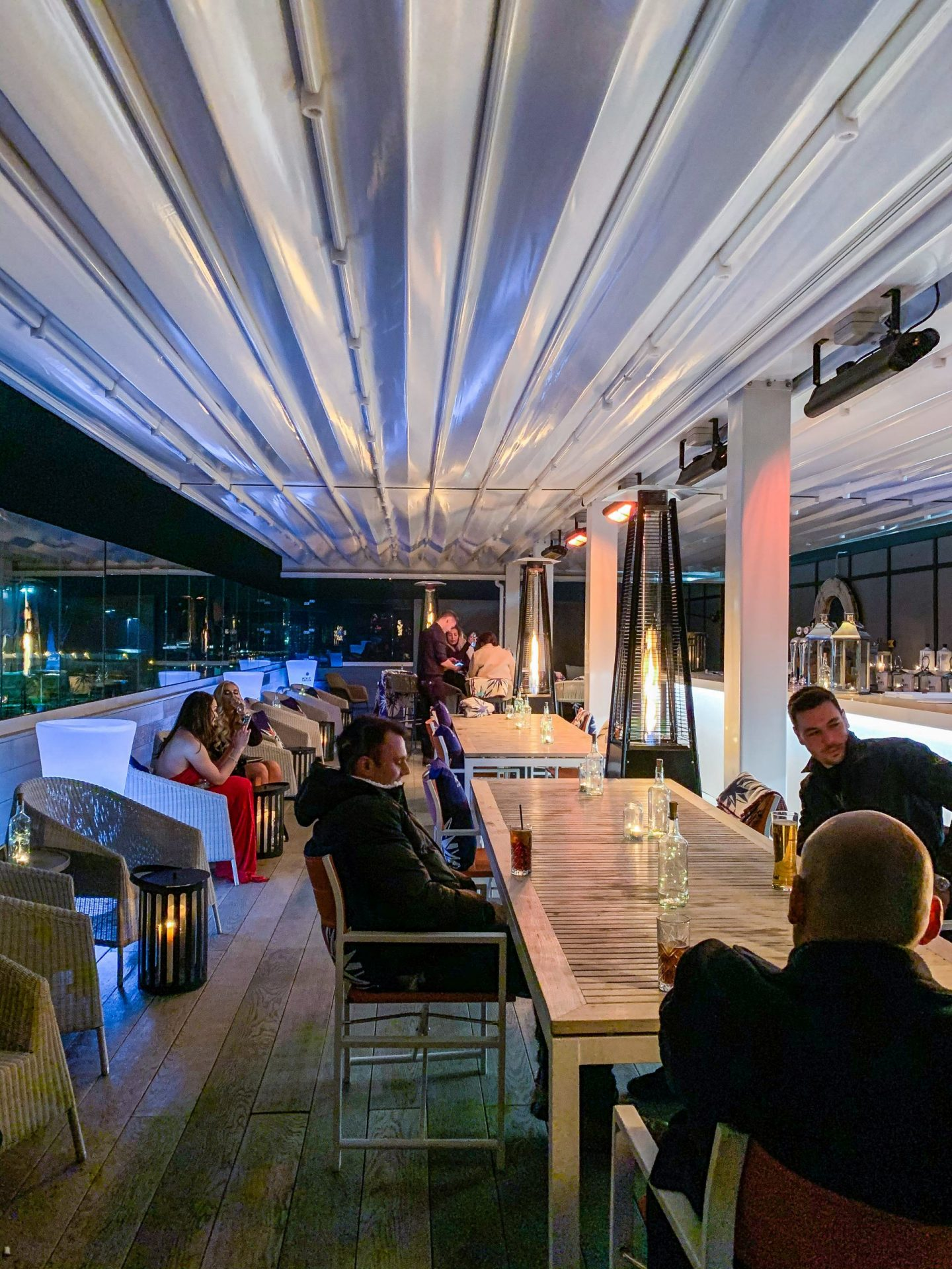 rooftop terrace at harbar on 6th southampton